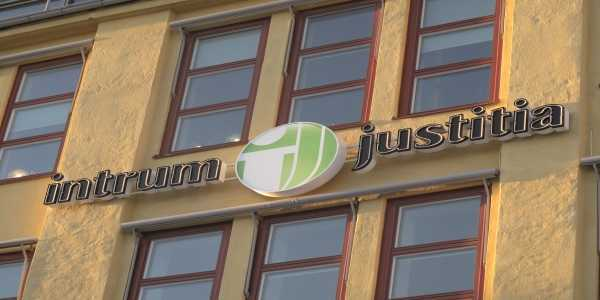 Intrum Justitia AB