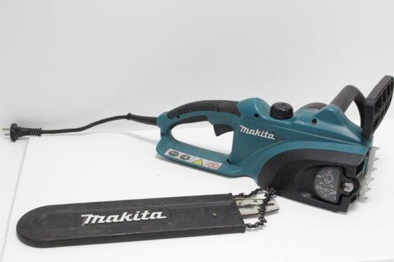Цепная электрическая пила Makita UC3520A