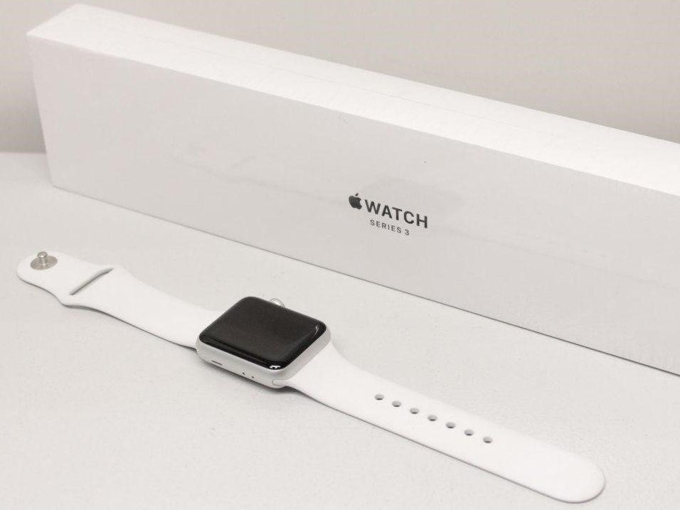 Умные часы Apple Watch Series 3 38 мм