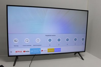 Сдать в ломбард телевизор Samsung UE49NU7140U